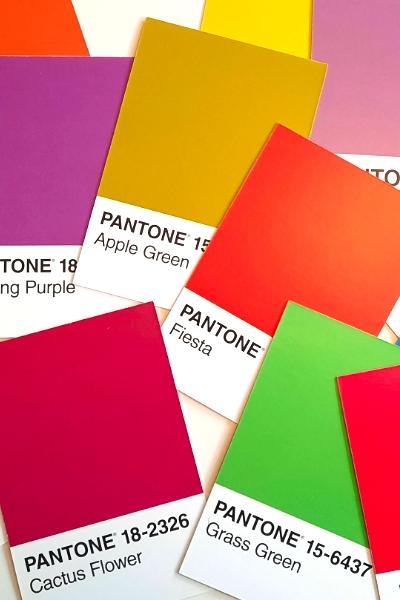 Farbgestaltung Pantonefarben